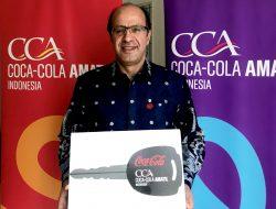 Coca-Cola Serahkan Bantuan Satu Unit Ambulans Kepada PMI