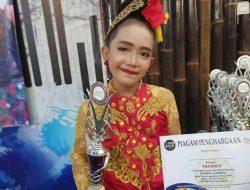 Puji Megantari Juara Favorit Pasanggiri Jaipongan Kategori Rampak Anak