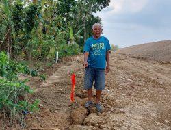 Warga di Sakurjaya Sumedang Mengaku Tanah Miliknya Diserobot Proyek Tol Cisumdawu